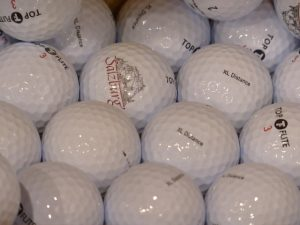 e837b3072ef71c3e81584d04ee44408be273e4d31bb410499cf5_640_golf-ball-pond